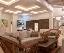 Villa 1 lounge 04
